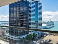 2 bedroom, 2 bathroom Air Conditioned Apartment in Quay West Residences, Downtown Auckland
