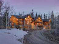 Ruby Ranch Home - 10,000 square feet, rec room, movie theatre, full bar, wine cellar!