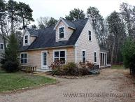 Enjoy the charm of a Vineyard cottage with all the amenities of today