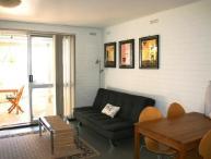 Hensman Apartment