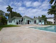 Prime Location, Walk to Beach, New Large Saltwater