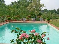 I5.231 - Villa with pool n...