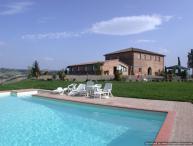Laurent Estate - Tre Estate rental in southern Tuscany