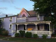 OAK BLUFFS VICTORIAN ONE BLOCK FROM BEACH, TWO BLOCKS FROM TOWN!