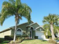 Luxury 4 Bedroom, 2 Bath Vacation Home 15 minutes from Disney!