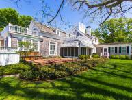 WEEKW - CLASSIC, IN-TOWN EDGARTOWN, ENGLISH-COUNTRY CHIC LUXURY HOME WITH POOL AND MANICURED GROUNDS