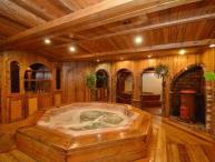 6 Bed Blue Mountain Cottage with Indoor Hot Tub #1