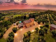 Villa Larino, Sleeps 8
