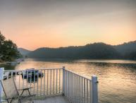 4BR Cabin on Watauga Lake, Right on the Water, Large Dock for Fishing or Swimming, Large Decks Overlooking the Lake