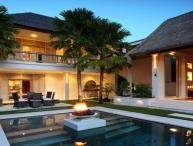 Luxury 4BR Villa in Seminyak, 4 min from the beach