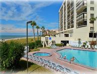 Family Sized Madeira Beachfront Condo- Walkable to Eats & More!