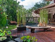 Esha Umalas (Villa I) By Bali Villas Rus - Modern Villa Close to Seminyak