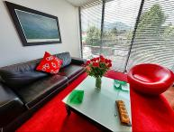 Luminous 1 Bedrooms Duplex Apartment in Santa Barbara