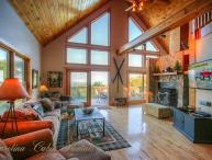 6BR Upscale Mountain-style Home, Long Range Views, Game Room, Fireplace, Club