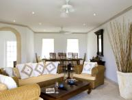 Luxury 3 Bedroom Villa with Shared Pool and Gym