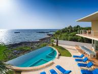 Villa Gauguin, Sleeps 8