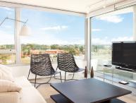 Modern & Spacious 2 Bedroom Apartment in Cassasco