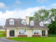 16 LAKEVIEW VILLAS, great touring base, en-suite facilities, peaceful location near Killarney, Ref. 929117