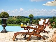 Villa Gaia, Sleeps 25