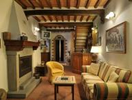 Apartment Overlooking the Rooftops of the Ancient Town of Cortona - Casa Berrettini