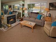 This vacation townhome and pool in Lionshead Village is a short walk to the Gondola.