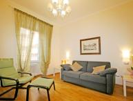 Family-Friendly Apartment in Rome's Historic City Center - Nazionale