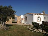 Charming Sardinian Villa Overlooking the Sea and Walking Distance to Town - Villa Glicine