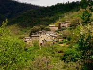 Tuscan Hillside Apartment with Shared Swimming Pool - Cortona Minore