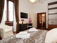 Suite in Rome near the Piazza della Republica - Sorellina Suite