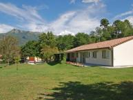 4 bedroom Independent house in Camaiore, Versilia, Tuscany, Italy : ref 2307259