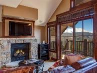 Ski In/Out Crystal Peak Lodge Peak 7 Luxury Corner Unit - Best Unit in the Building!