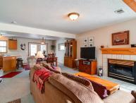 Spacious 4 BR/3 BA duplex, private hot tub, lg group/families, skiing, pet friendly, sleeps 11