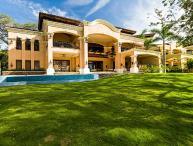 Hacienda Casa Del Arbol, Sleeps 10