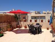 Casa Mia,large terrace apartment at few steps from the beach