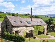 MEIFOD, pet friendly, character holiday cottage, with a garden in Betws-Y-Coed