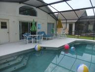 Beautiful 4 Bed Villa with own pool. On gated Resort close to Disney