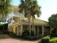 Palmetto Palms on 1st Beach Street! Walk to beach and pool, gated community