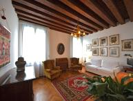Rezzonico Suite - with direct access and view on the Grand Canal