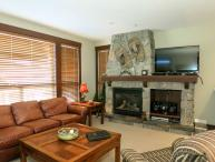 Big White Stonegate Resort Fabulous 2 Bed Condo with Private Hot Tub
