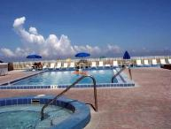 HAS IT ALL !!!! Reef Club Condo ($200 off Sep/Oct) Pets Welcome