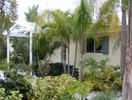 Charming, quiet, beach side cottage with garage.  Avoided  IRMA damage.