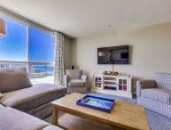 OCEAN VIEW IN PACIFIC BEACH - 1 BEDROOM / 1 BATH
