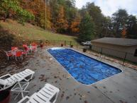 7 B/R, private pool, walk to Dollywood