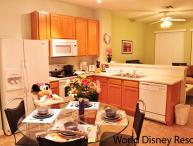 ⭐SPECIAL DEAL⭐Premium Resort/ BABY-Friendly/ Cozy Patio/ Wii/ Minutes to Disney!