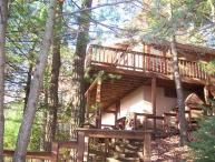 Cabin with Huge Hot Tub and Internet