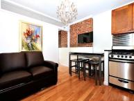 Modern 3 Bed Downtown Chic