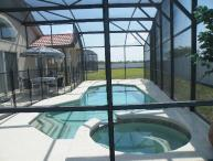Luxury 5br/3ba Villa, Pool/spa, Wifi, games, BBQ