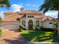 THE STARFISH COURT ESTATE of MARCO ISLAND