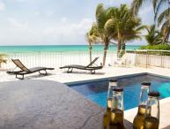Beautiful 4 Beds Ocean Front Private Home