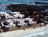 Direct Beach and Gulf Front 2 bedroom condo